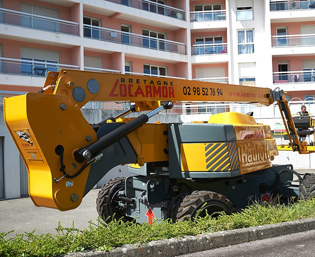 nacelle-diesel-32metres-HA32RTJPRO1